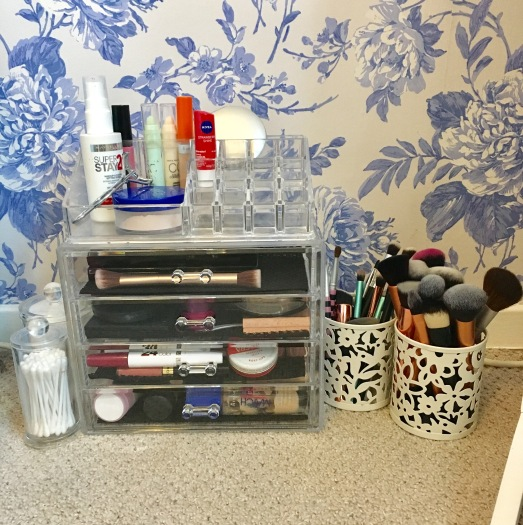 make-up-drawer